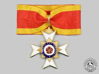 Lippe-Detmold, Principality. A House Order of the Honour Cross, II Class Cross in Gold, Type II