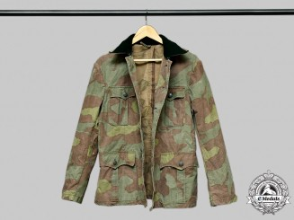 Germany, Wehrmacht. A Wehrmacht-Issued Italian Cloth Camouflage Field Blouse