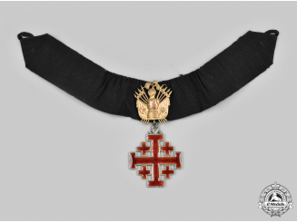 Vatican. An Order of the Holy Sepulchre of Jerusalem, II Class Commander for Gentleman with Trophy of Arms, c.1930