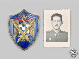 Spain, Facist State. A Falange Army Badge