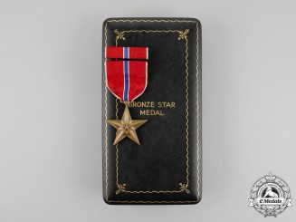 United States. A Bronze Star with Case