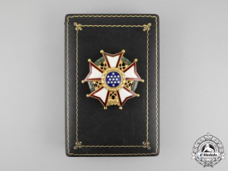 United States. A Legion of Merit, Chief Commander Breast Star, Cased