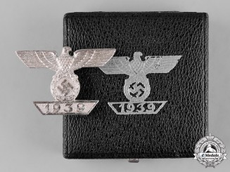 Germany, Wehrmacht. A Clasp to the 1939 Iron Cross I Class, II Type, by Funcke & Brüninghaus