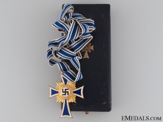 Mother's Cross, Gold Grade, Cased
