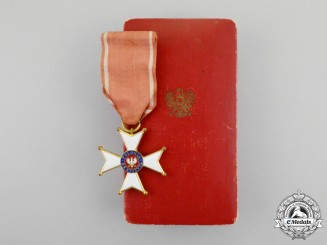 Poland. A Second War Order of Polonia Restituta with Case