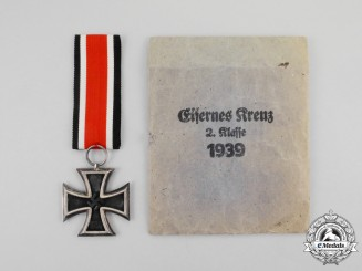 An Iron Cross 1939 Second Class by Klein & Quenzer of Idar-Oberstein in its Packet of Issue