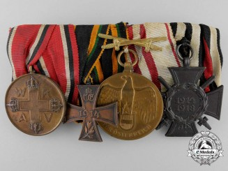 A Saxe-Coburg-Gotha War Cross 1914-18 Medal Bar