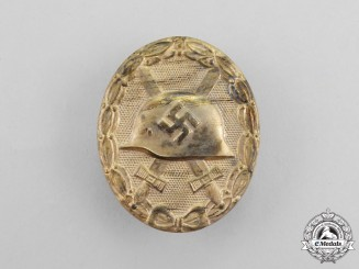 A Gold Grade Wound Badge by GLASER & SOHN L/22