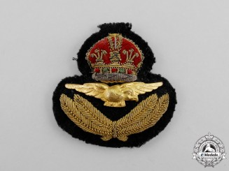 A Second War Royal Air Force (RAF) Officer's Cap Badge