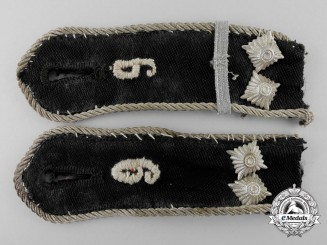 A Pair of General HJ Shoulder Straps; 9th Battalion