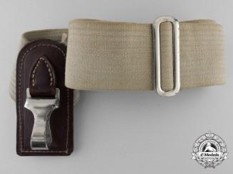 A Single Cross Shoulder Hanger