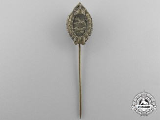 A Miniature First War Prussian Pilot's Badge in Silver