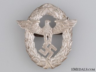Police Officer's Visor Cap Insignia, 1st. Pattern