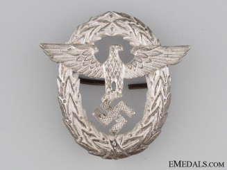 Police Officer's Visor Cap Insignia - 1st Pattern