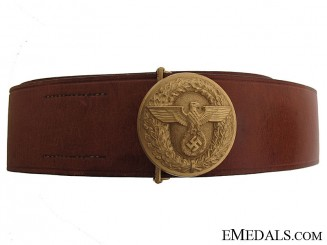 Political Leader's Round Buckle and Belt