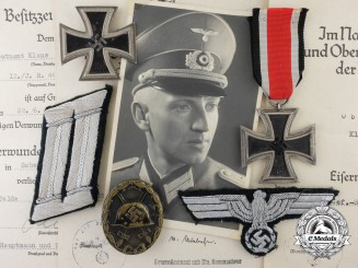 An Infantry Group To Oberleutnant Klaus Gerloff; Infantry Regiment 466