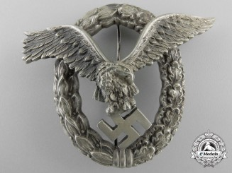 An Early Luftwaffe Pilot's Badge by JMME & Sohn