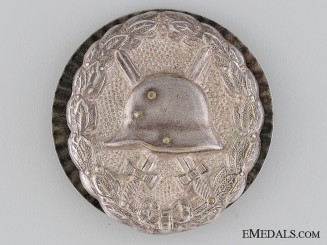 A Rare Type First War Wound Badge; Silver Grade