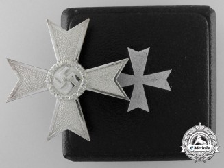 A War Merit Cross First Class by Steinhauer & Lück with Case