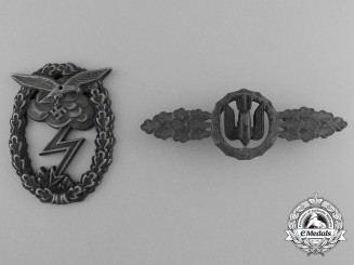 A Lot of Two Two Luftwaffe Awards; Ground Assault Badge & Front Flying Clasp