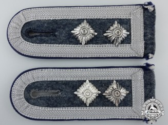 A Pair of Luftwaffe Medical Oberfeldwebel's Shoulder Straps