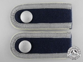 A Pair of Division Hermann Göring Unterofizzier's Shoulder Straps