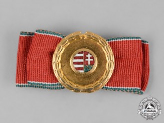 Hungary, Republic. A Golden Wreath of Recognition of the Republican Elders