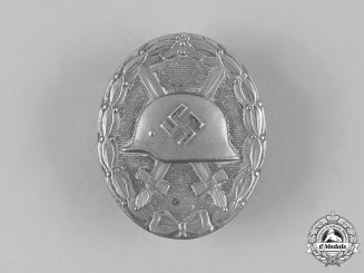 Germany, Wehrmacht. A Wound Badge, Silver Grade, by Hymmen & Co.