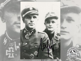 A Post War Signed Photograph of Knight's Cross Recipient; Walter Girg