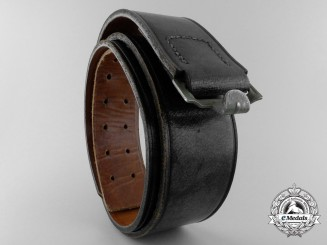 A Black Leather German Army Belt 1942; R.Z.f.H.7