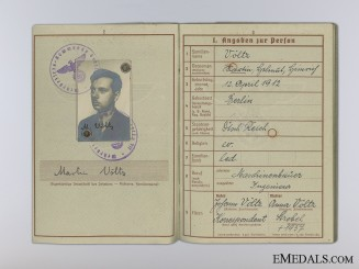 The Wehrpass & Driver's License of Martin Völtz