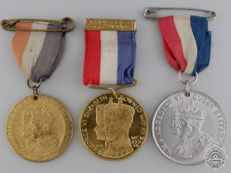 Thee Unofficial Royal Commemorative Medals