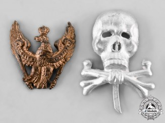 Germany,  Wehrmacht. A Pair of German Uniform Insignia Badges