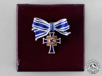 Germany, Third Reich. An Honour Cross of the German Mother, Bronze Grade Miniature with Case, by Gustav Brehmer
