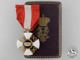 A Victor Emanuel III Italian Order of the Crown in Gold; 5th Class