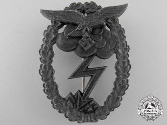 A Luftwaffe Ground Assault Badge
