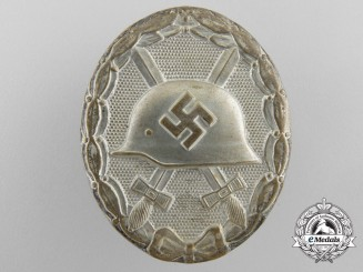 A 1939 Wound Badge Silver Grade by Hymmen & Co, Ludenscheid