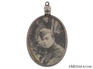 WWI RFC Sweetheart Memorial Pendant