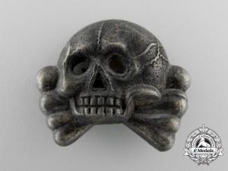 An SS Skull; Danziger type II