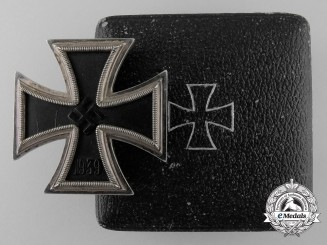 An 1939 First Class Iron Cross; Marked 26 with Case