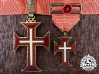 A Portuguese Military Order of Christ; Officer's Set with Case
