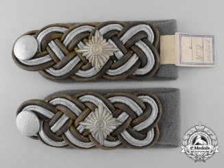 Germany. A Set of Waffen-SS  Gruppenführer General's Shoulder Boards