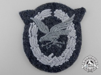 Germany, Luftwaffe. A Radio Operator & Air Gunner Badge; Cloth Version