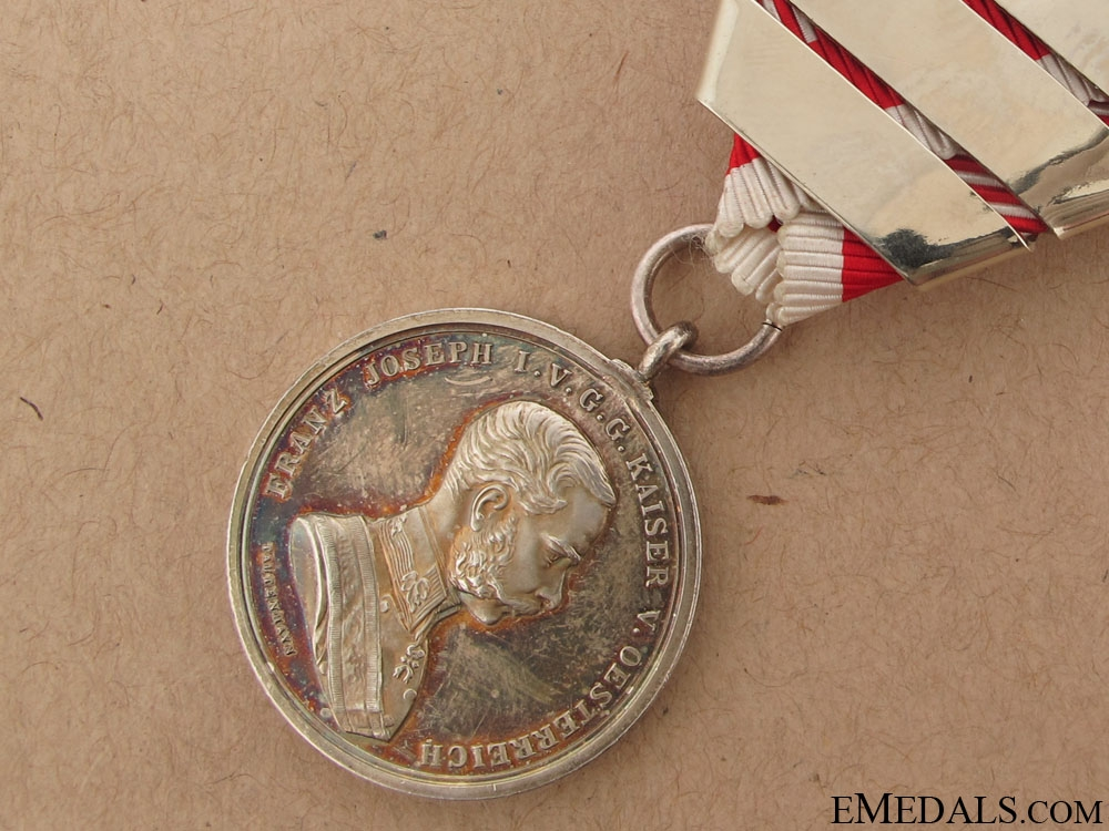 Bravery Medal 2nd. Cl. with Four Clasps