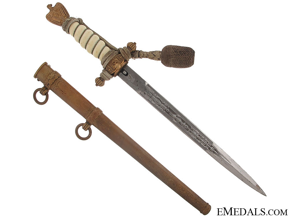 An Eickhorn Kriegsmarine Dagger