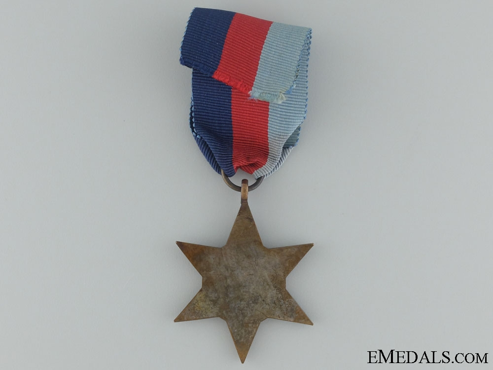 WWII 1939-1945 Star with Box