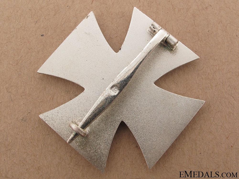 Iron Cross 1st. Cl., - maker 26