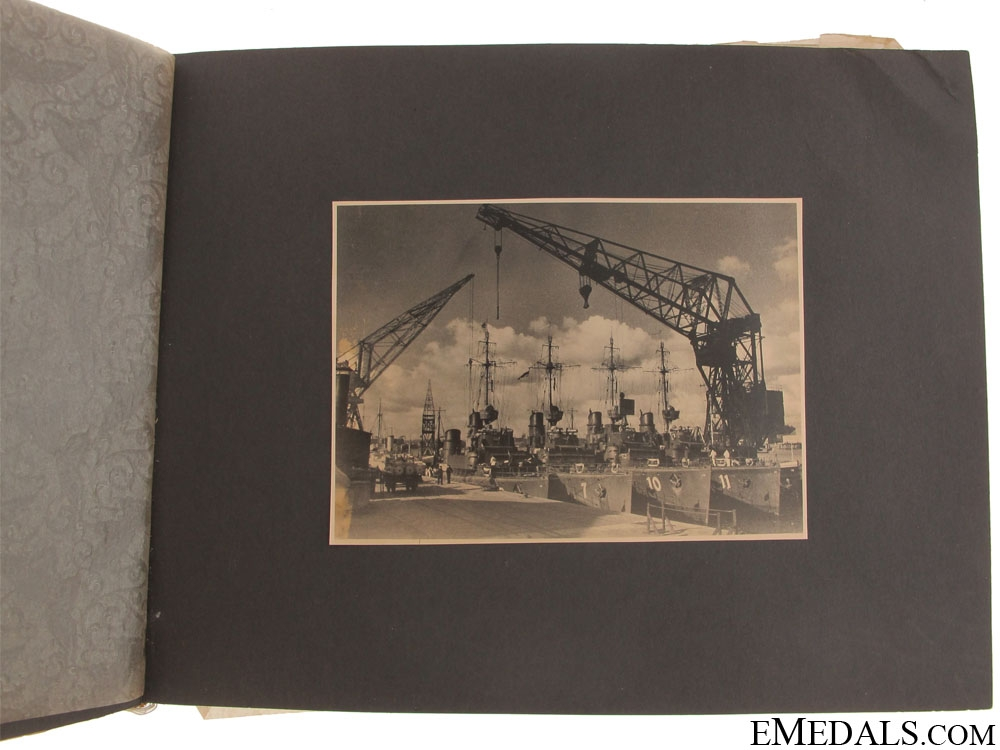 A Kriegsmarine Photo Album - U-Boat Deck Gun Construction