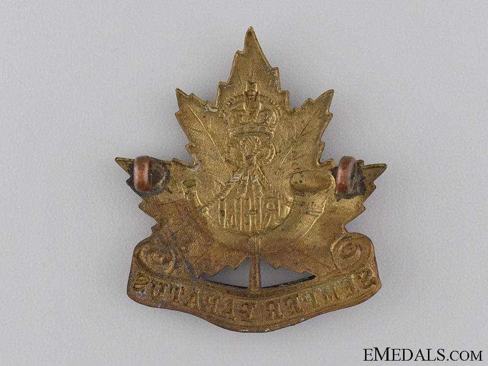 A Pre Second War Royal Hamilton Light Infantry Cap Badge