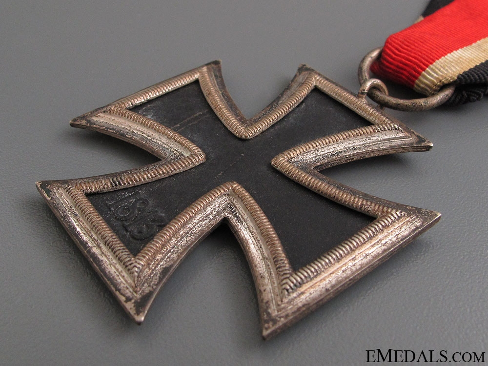 Iron Cross Second Class 1939 - Marked 65